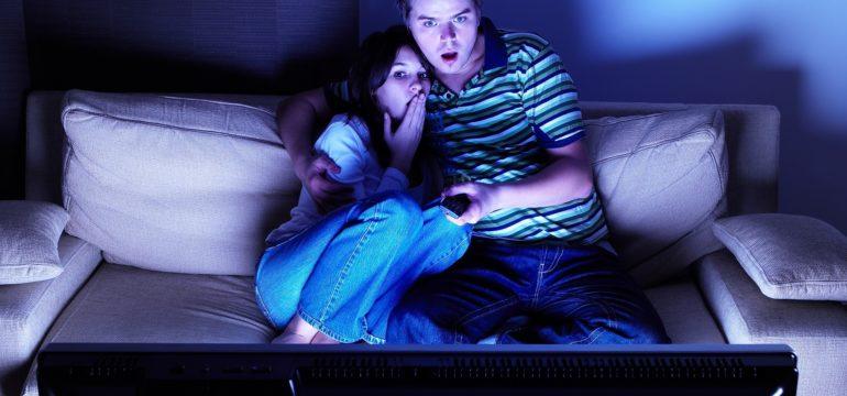 Couple-Watching-TV-Credit-iStock-144800570