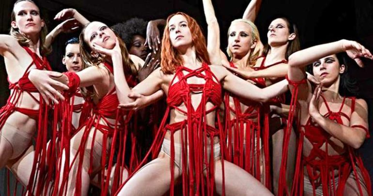 Suspiria-Remake-Dakota-Johnson-Photo-Blood-Ballet